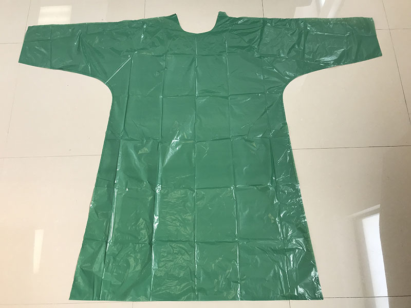 DISPOSABLE GREEN POLY GOWN - PE GOWN